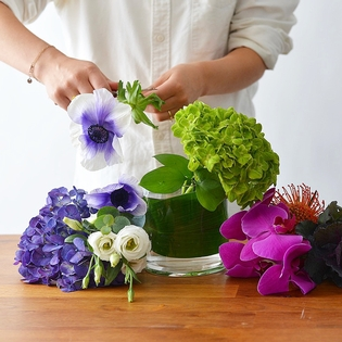 Designer's Choice - Vase arrangement