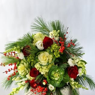 Holiday Handtied Bouquet